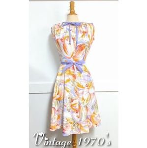 Vintage 1970s Joan Curtis Print dress size 10